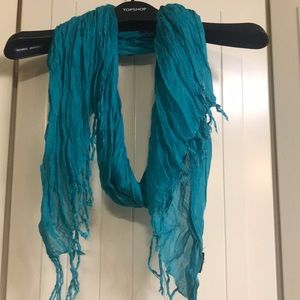 Accessories - Turquoise scarf